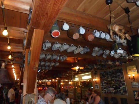 Westfalische Deutzer Motoren Samlung A&W Heitmann: the pub in to museum
