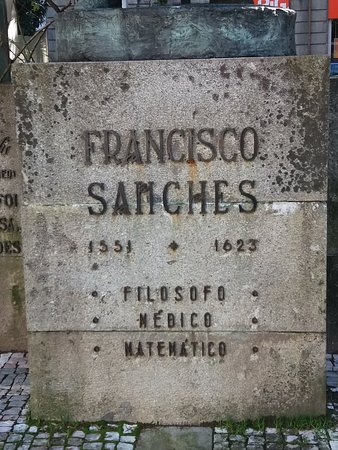 ‪Estatua a Francisco Sanches‬