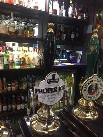 Bar at Port Gaverne Hotel
