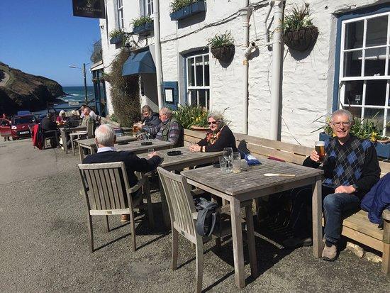 Outside tables at Port Gaverne Hotel