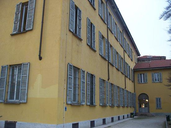Ex Collegio della Guastalla: esterno