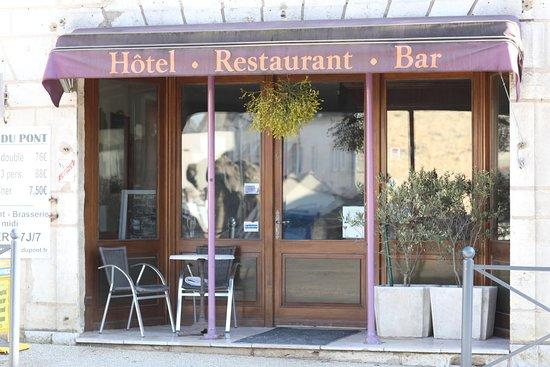 Parfait car ce restaurant est ouvert 7 jours sur 7 à midi et la patronne est très sympa