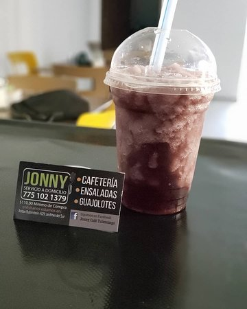 Frappé de Blueberry con bubbles.
