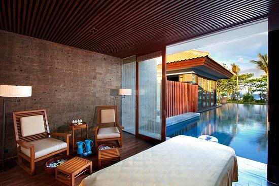 Fairmont Sanur Beach Bali: Presidential Villa's Spa treatment room