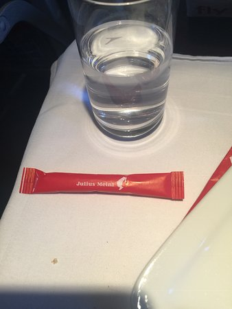 Austrian Airlines - Tops