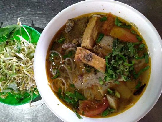 Bà Hai Khiêm - Bún Riêu Cua, Côn Sơn - Đánh giá về nhà hàng ...