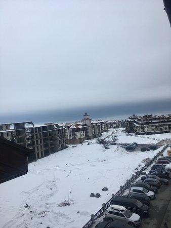 All you need for an enjoyable skiing holiday