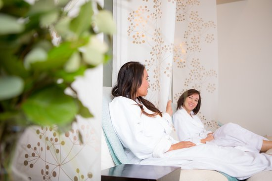 Services  Daily Spa - Body and Face Massages  Medical Aesthetics-Laser Treatments ,Cool-sculpting  Plastic Surgery- Breast,Body,Face  Wellness - Weight Loss,IV Therapy,Vitamin Injections and Nutrient Testing.