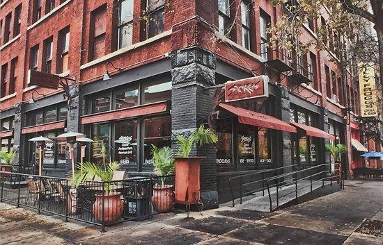 写真Stokes Grill and Bar枚