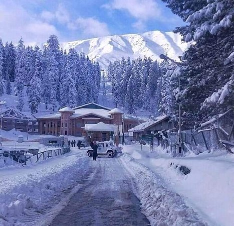 Kashmir Package Tour