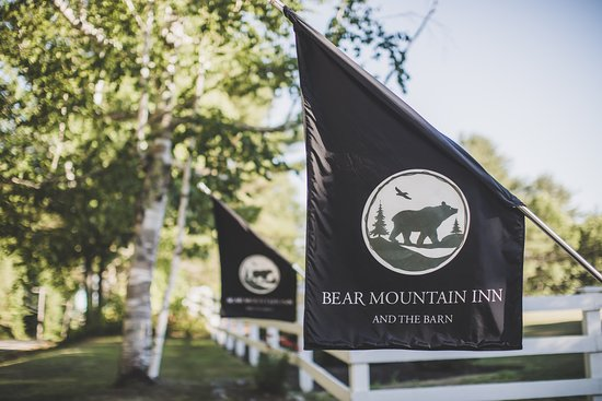 Hickory Room - Picture of Bear Mountain Inn, Waterford - Tripadvisor