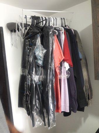 Belen de Los Andaquies, โคลอมเบีย: nice closet at the front door