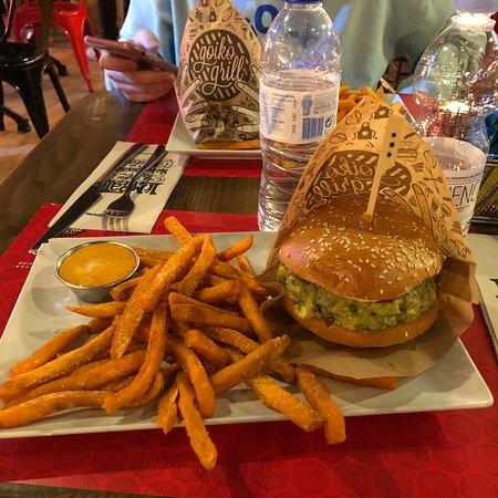 Goiko grill madrid calle del prado 15 centro n mero for Restaurante calle prado 15 madrid