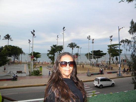 Localizado na Praia de Meireles
