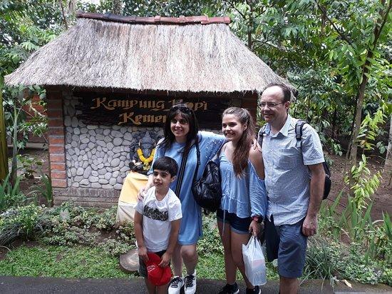 Tuban, Indonesia: Rahayu Bali Transport