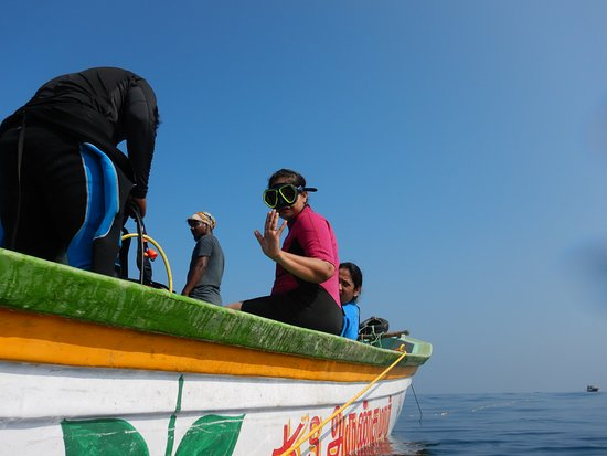 Samudra Adventures: diver getting ready for excitement