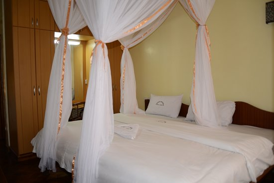 Nakuru, Kenya: Secure rooms