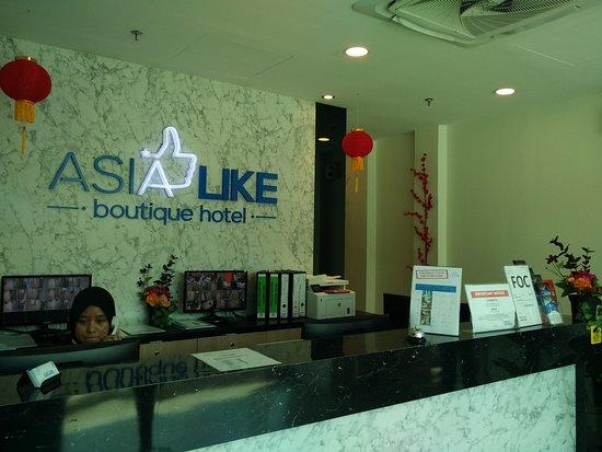 Asia Like Boutique Hotel: Front Desk