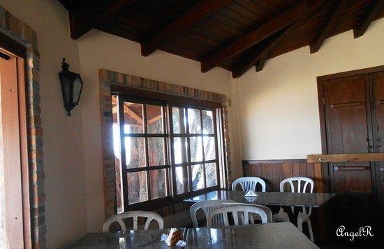 Barra do Ribeiro, RS: Chegamos para o almoço já eram quase 14:00, mas ainda assim a comida estava uma delicia, bem simples, mas muito saborosa.