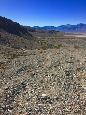 Death Valley National Park, CA: Hike into canyon