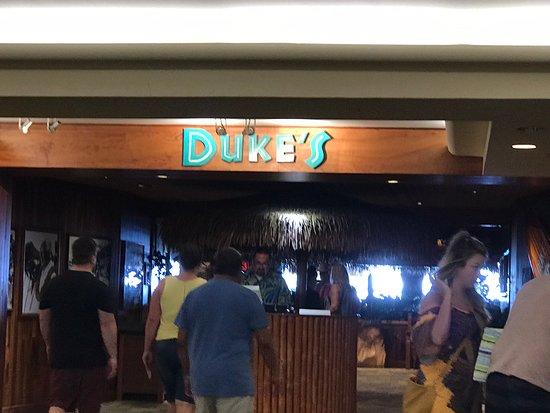 Great spot to eat on Waikiki Beach