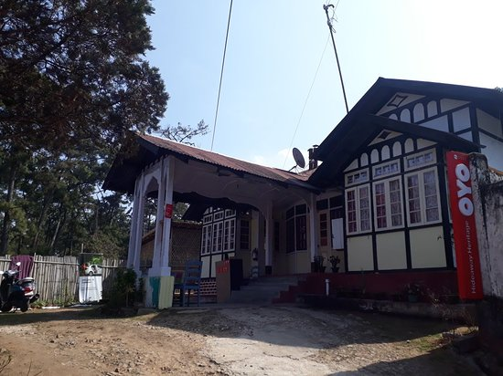 Outside view of Hideaway Heritage shillong