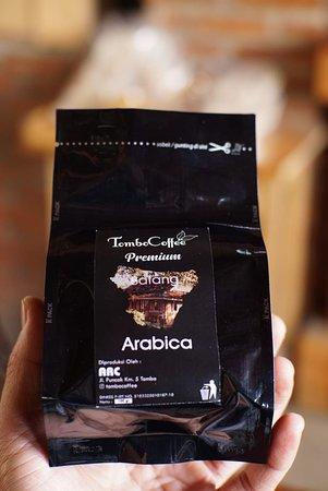 Batang, Indonesia: Produk Kopi Arabica Premium Tombo Coffee