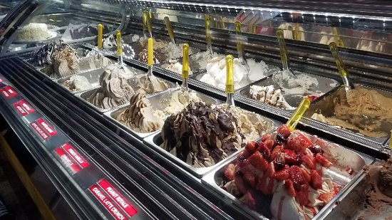 Beautiful new location, excellent gelato!!