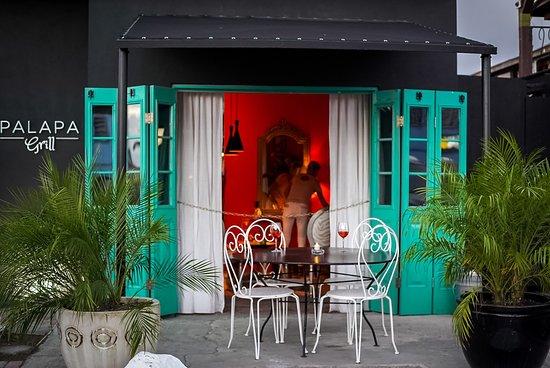 Palapa Grill & Lounge: Palapa Grill
