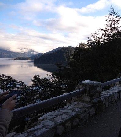 vista de otro de los lagos