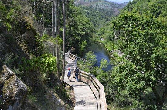 Paiva gangveier og Alvarenga liten...