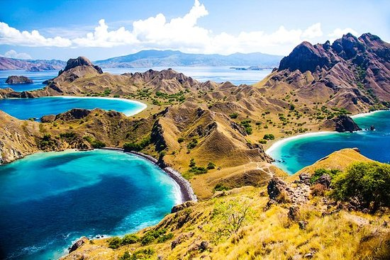 3 days Komodo island Tour hopping...