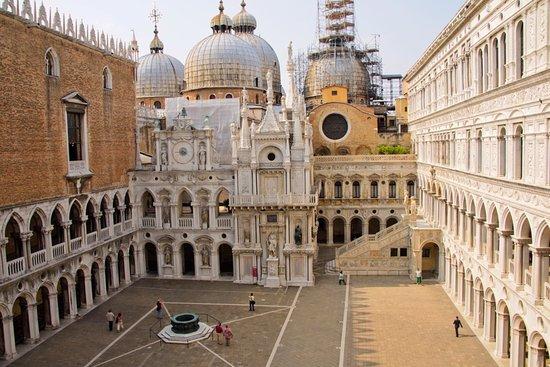 Centro Storico di Venezia: Heart of Venice - the Centro Storico