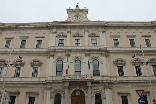 Palazzo della Camera di Commercio di Bari