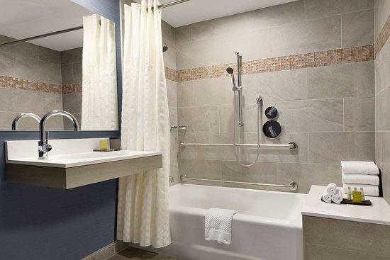 DoubleTree Suites by Hilton Boston - Cambridge