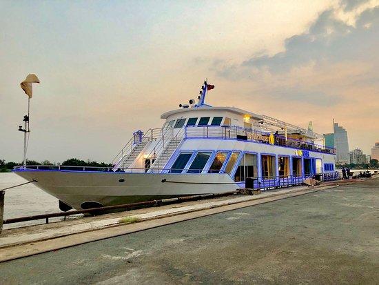 Saigon Sensation Dinner Cruises