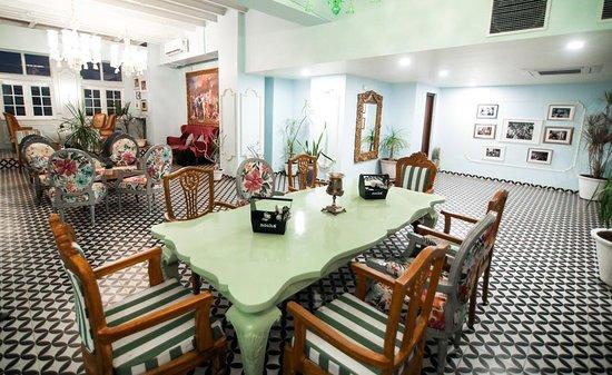 The Travotel Suites: MOCHA RESTAURANT