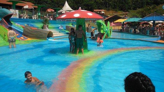 Parque Aquático Arco-iris