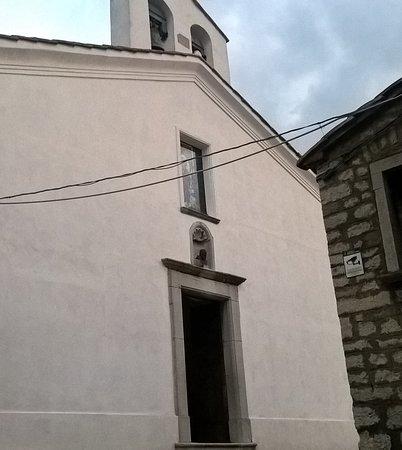 Pietrelcina, อิตาลี: veduta esterna della chiesa