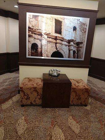 9th Floor Lobby