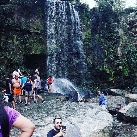 Lejanías, Colombia: Casdada en verano