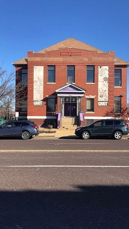 Griot Museum of Black History - Museums - 2505 St Louis