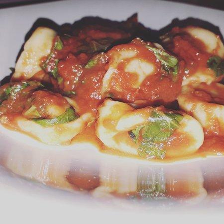 Tortelli en salsa pomodoro