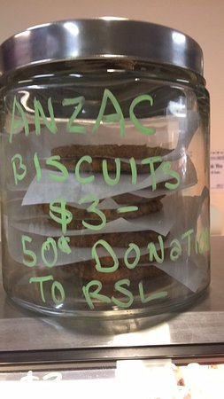 Kilsyth, Australia: ANZACS, 50c TO THE RSL, APRIL & NOVEMBER