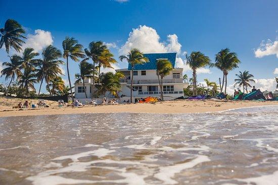 Numero Uno Beach House Hotel