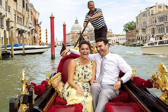 Venice Combo: Walking & Gondola Rit ...