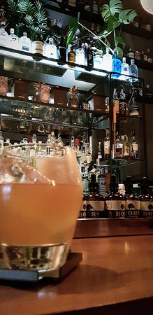Drinc. Cocktail & Conversation Photo