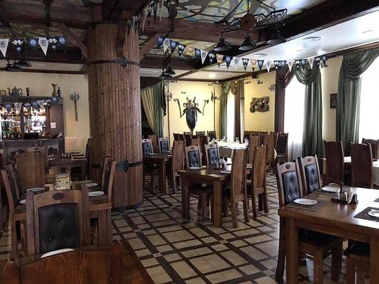 Novopolotsk, Belarus: Restoran-Pivovarnya Donzhon, Navapolack, Belarus