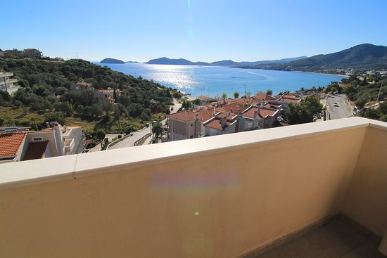 Palaio Tsifliki, Griekenland: view from the 2nd floor balcony, Feel the Sea Villa, Palio Kavalas, Greece