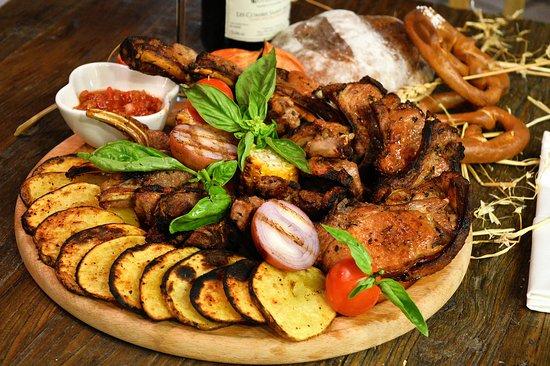 Самый вкусный шашлык в Ереване!